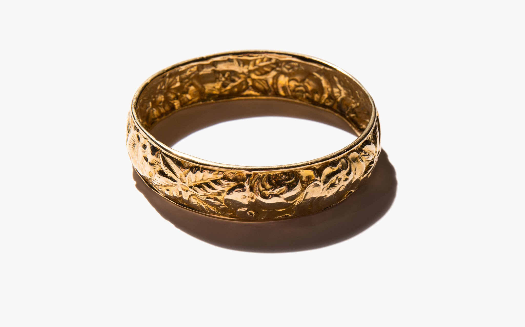 18k Gold Cuff of 1000 Flowers