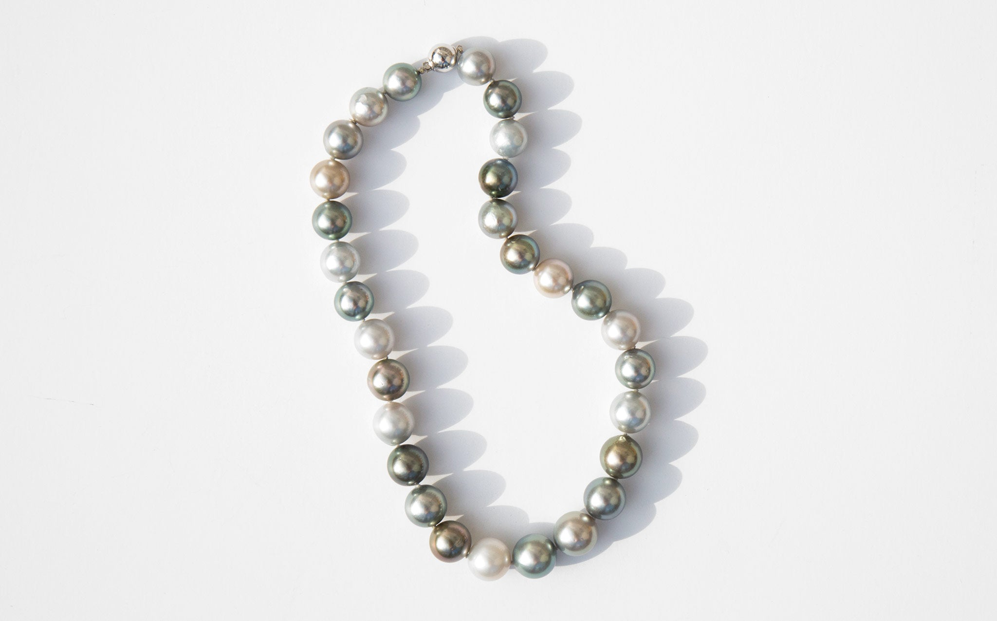 Pale Sea Pearl Choker