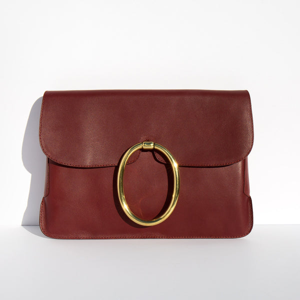A Détacher Oxblood Lou Clutch