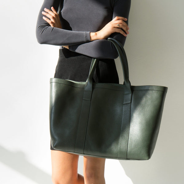 Lotuff Medium Hunter Green Working Tote