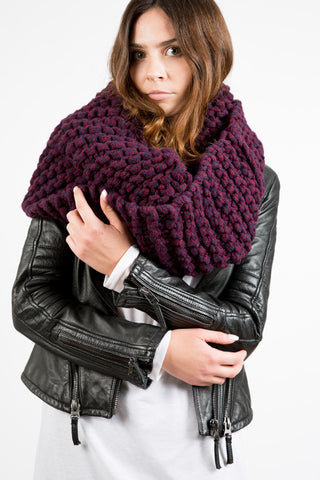 TARLEE Sustainable Made in Scotland Purple XL Snood