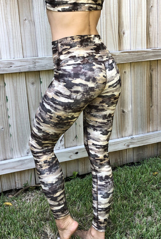 Women's Leggings: Desert Camo