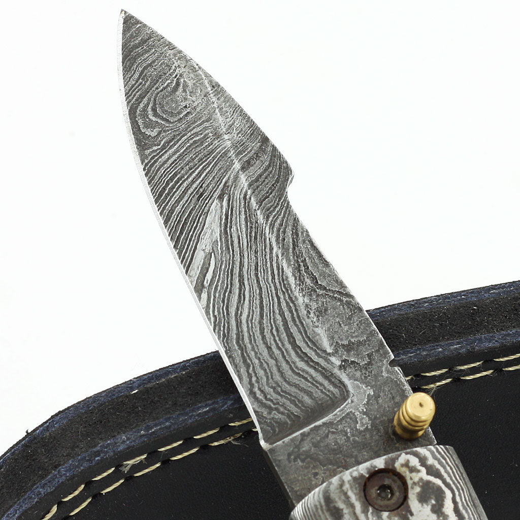 BIRDIE handmade Damascus steel folding knife with horn handle