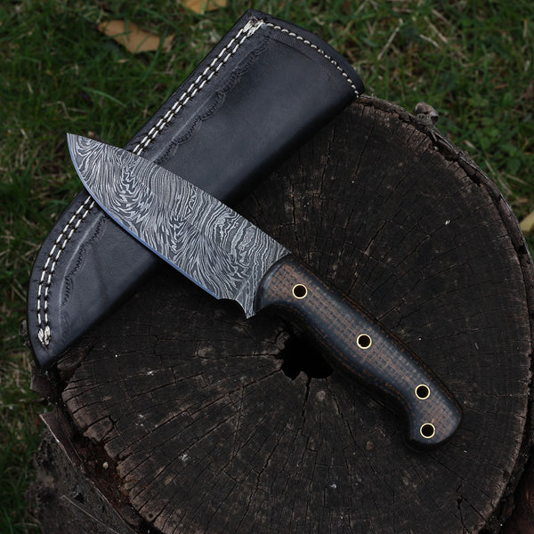 DALLAS Handmade Damascus Outdoor Hunting Knife (with Genuine Leather Sheath)