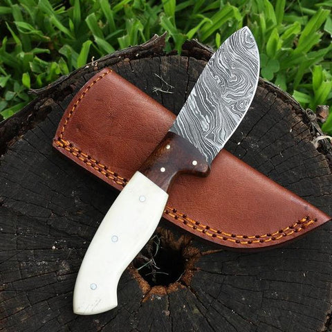 Hannah handmade Damascus hunting knife with bone handle and olive wood bolsters