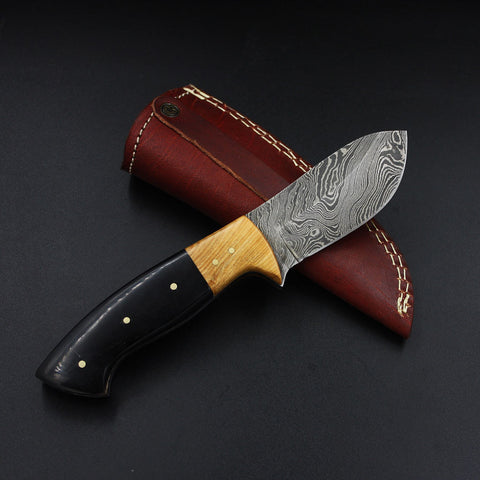 JASMINE Full Tang Handmade Damascus Outdoor Hunting Knife (with Genuine Leather Sheath)