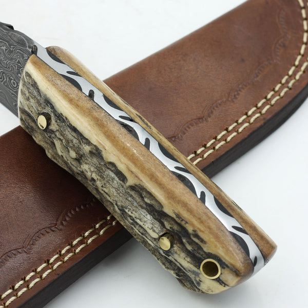 JAZMIN Handmade Damascus steel hunting knife with stag horn handle and leather sheath
