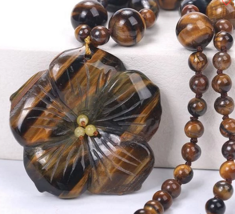 Is tiger eye dangerous? Tiger eye flower pendant