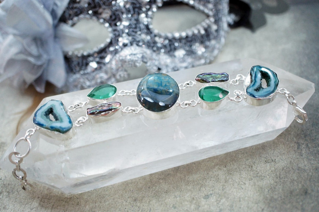 Drusy or Druzy Crystal? Know Everything about Druzy Stones