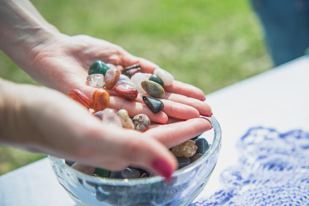 Quick Guide on 10 Ways To Clean Your Healing Crystals