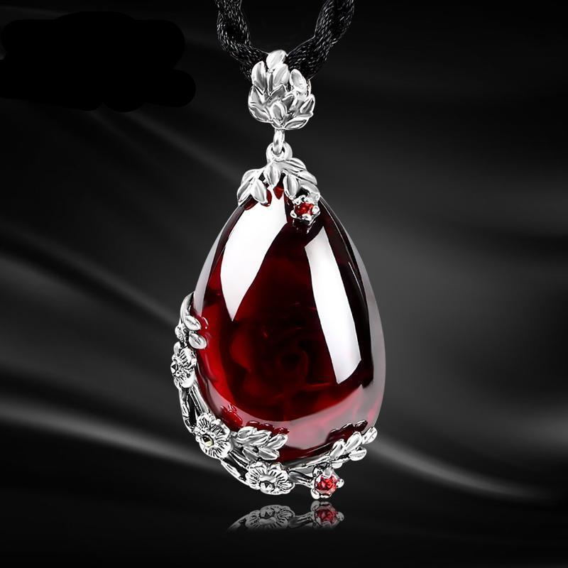 Garnet Stone Water Drop NecklaceNecklace