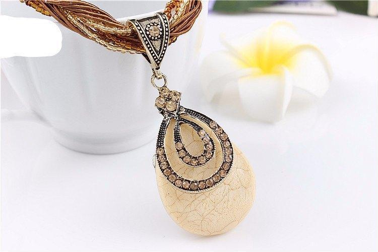 Retro Oval Water drop Thick Synthetic Rhinestone Pendant With Clavicle Chain Necklace   AtPerrys Healing Crystals   1