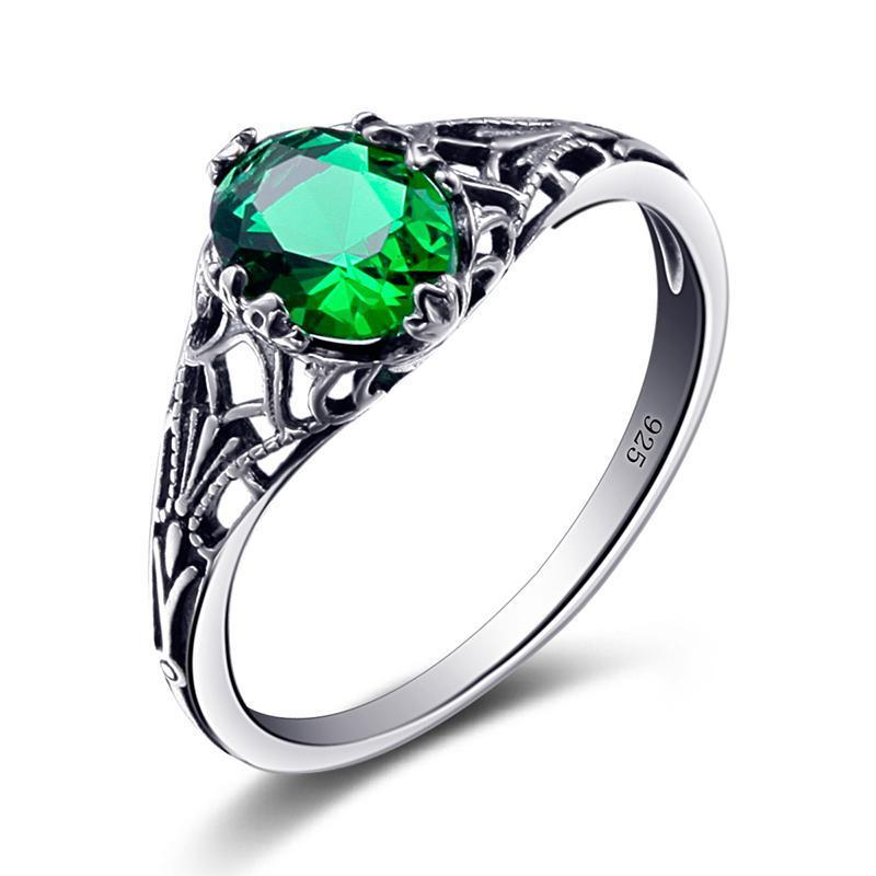 Emerald Vintage Ring - 925 Sterling Silver