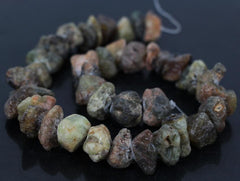"15.5"" Strand Large Size Natural Green Raw Nugget Chip Garnet Stones"
