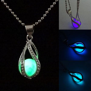 Mermaid's Teardrop Glowing NecklaceNecklace