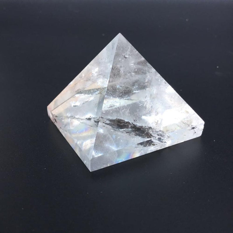 100% Natural Pyramid Clear Crystal Quartzraw stone