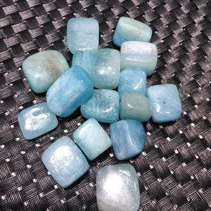 Natural Aquamarine Tumbled Crystal Stones