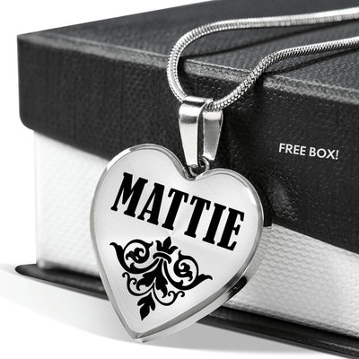 Mattie v01 - Heart Pendant Luxury Necklace