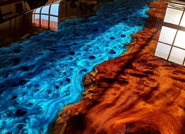 What is the best resin for wood coating and riverbeds?