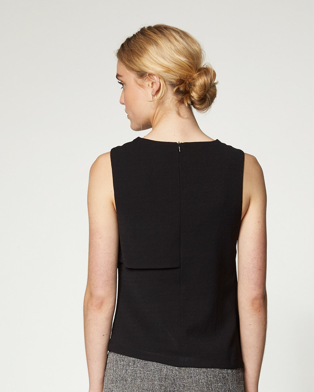 ASYMMETRICAL DRAPE TOP - BLACK