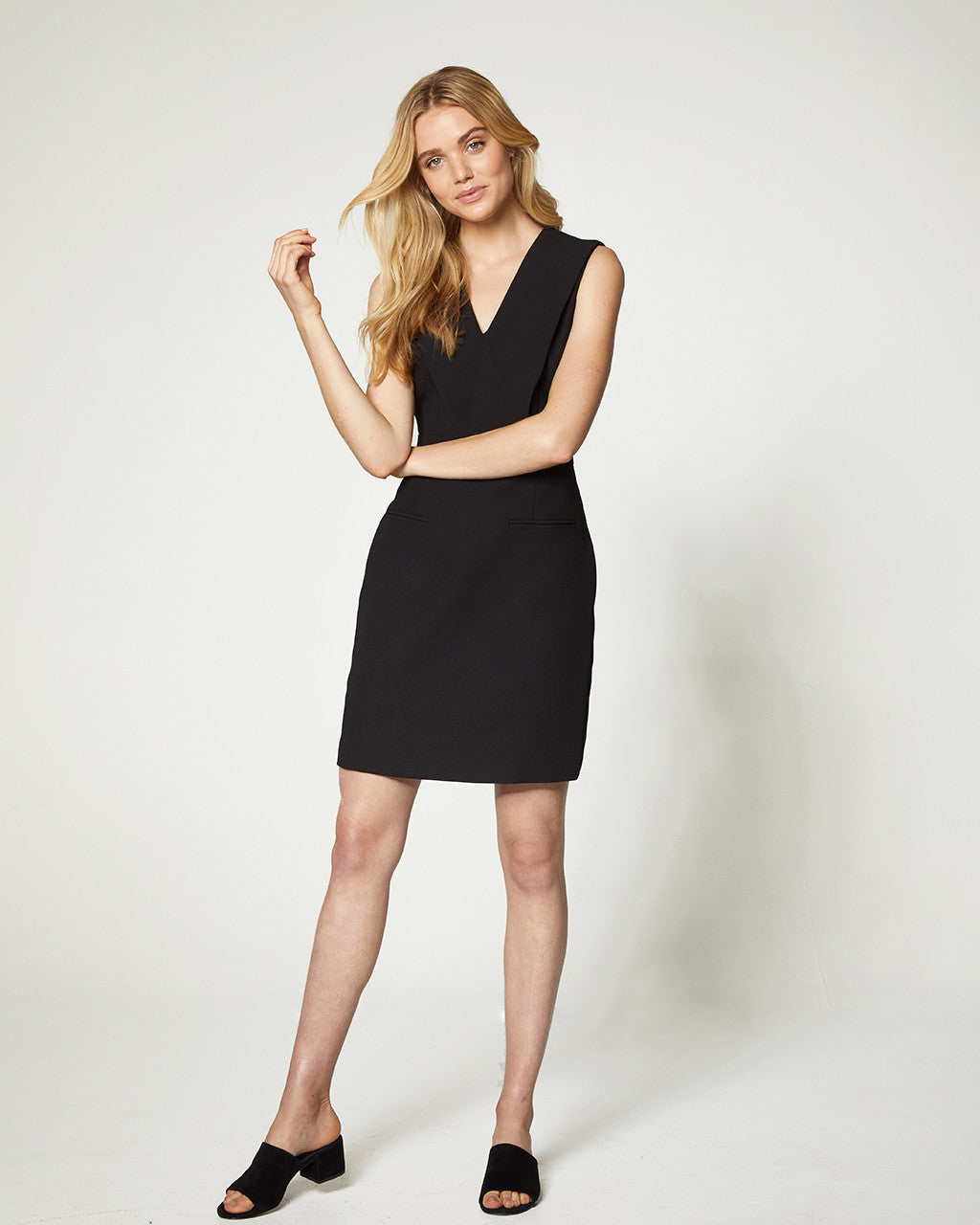 CROSSOVER DRESS - BLACK