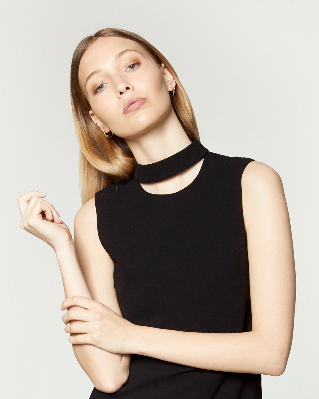 CUT OUT COLLARED TOP - BLACK