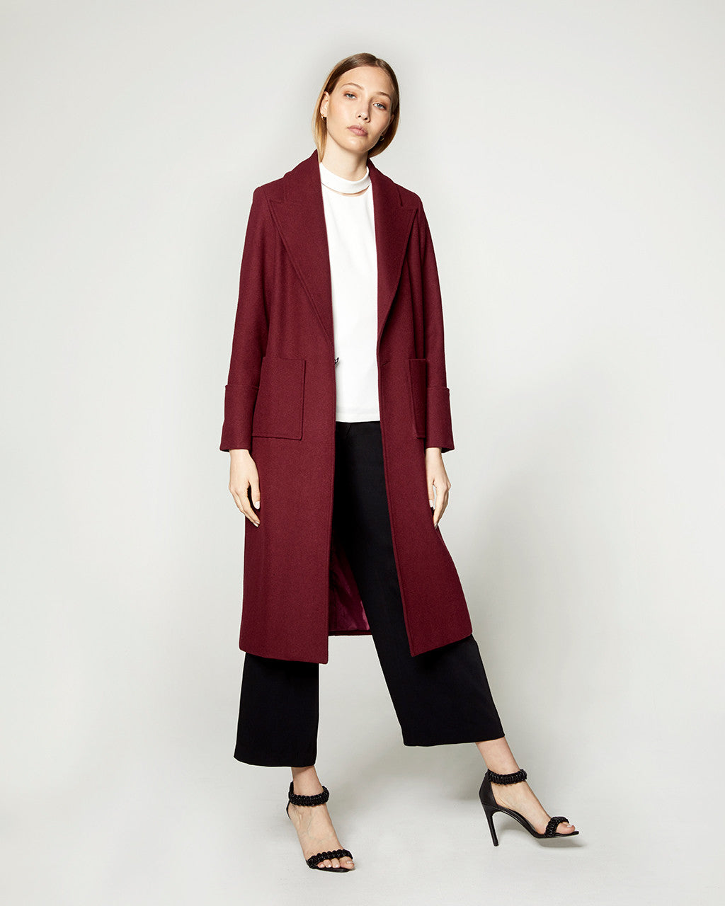 Wool Peak Lapel Coat - Burgundy