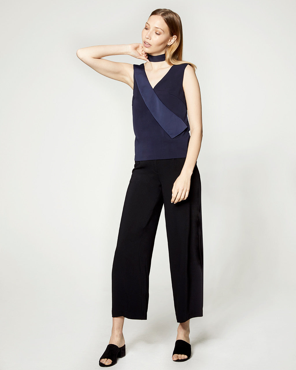 singles in lapel Tear away tag t-shirts  30 singles tag-free neck label contoured and sideseamed for a feminine, classic fit more info wholesale pricing quantity.