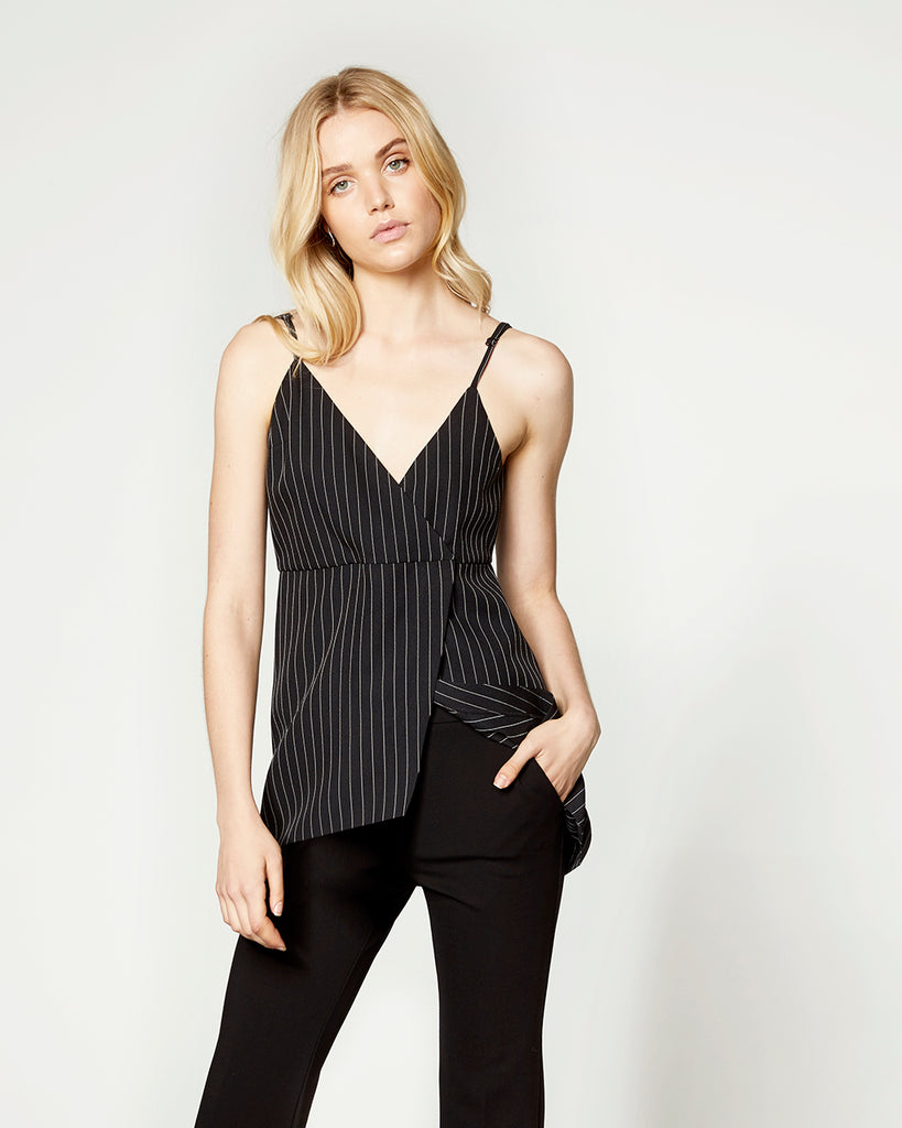 PINSTRIPED LAYERING TOP