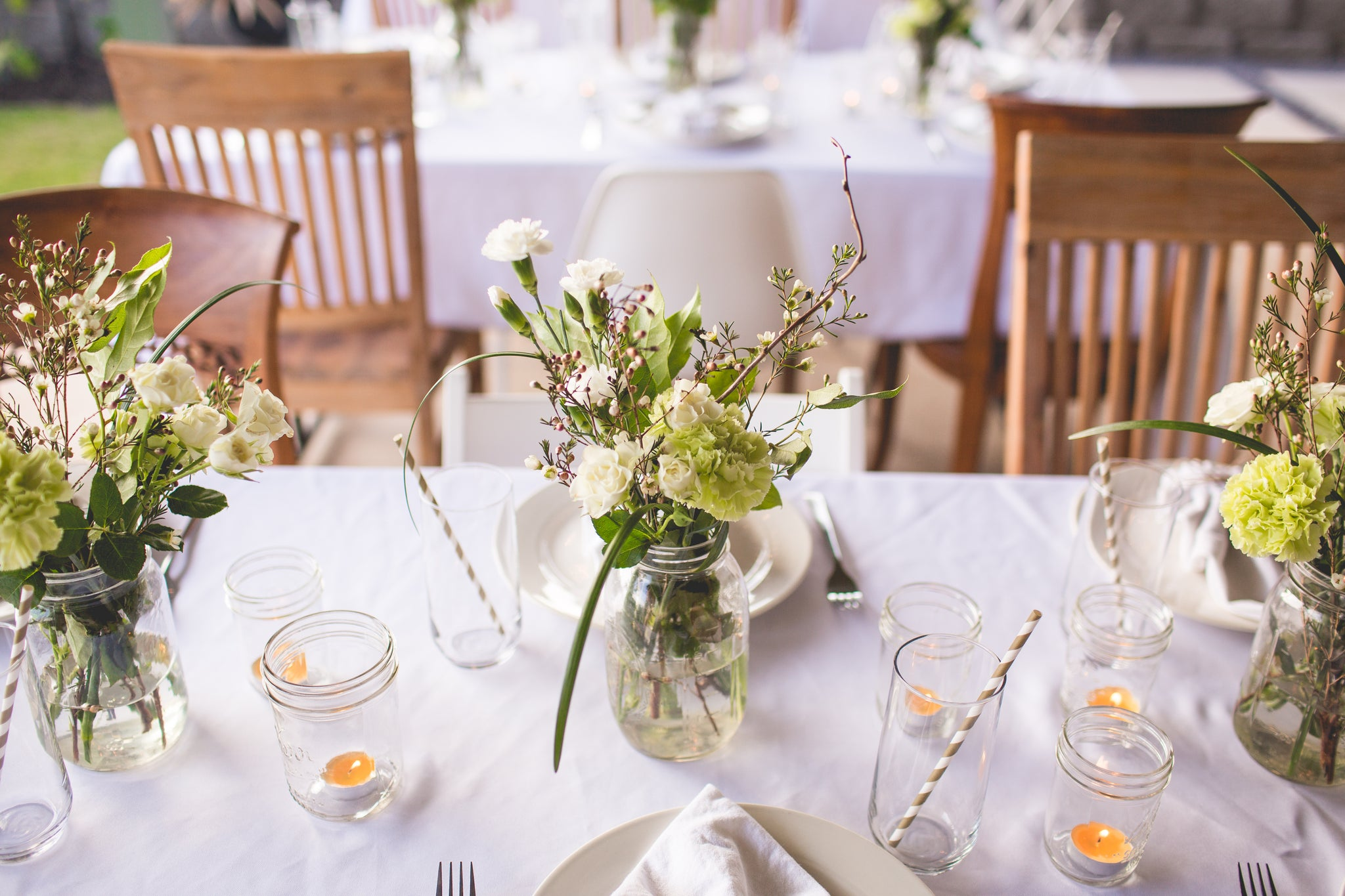 Tips for Throwing a Summer Outdoor Dining Soiree