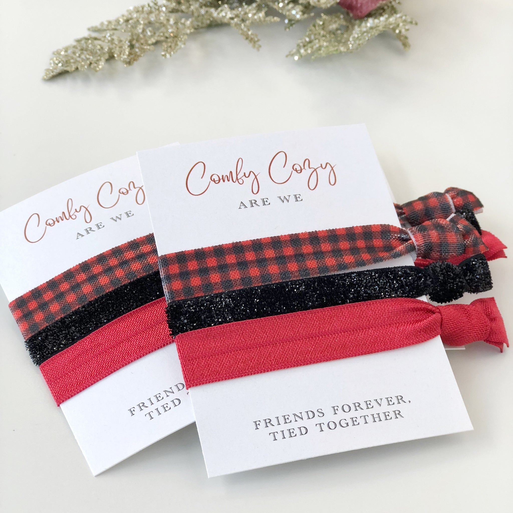 Buffalo Plaid Christmas Party Favors - Hair Tie Gifts for Friends - Stocking Stuffers - @PlumPolkaDot