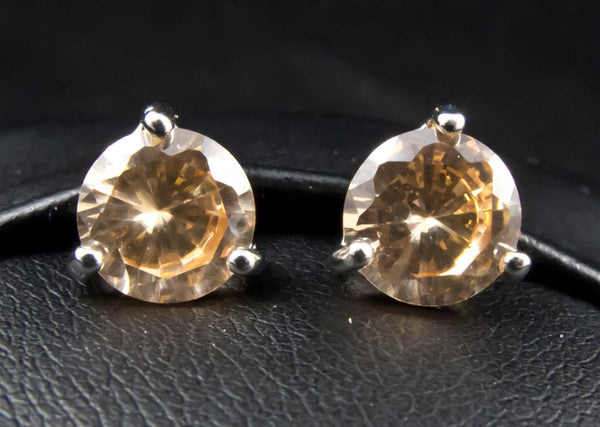 7mm Rhinestone Stud Earrings