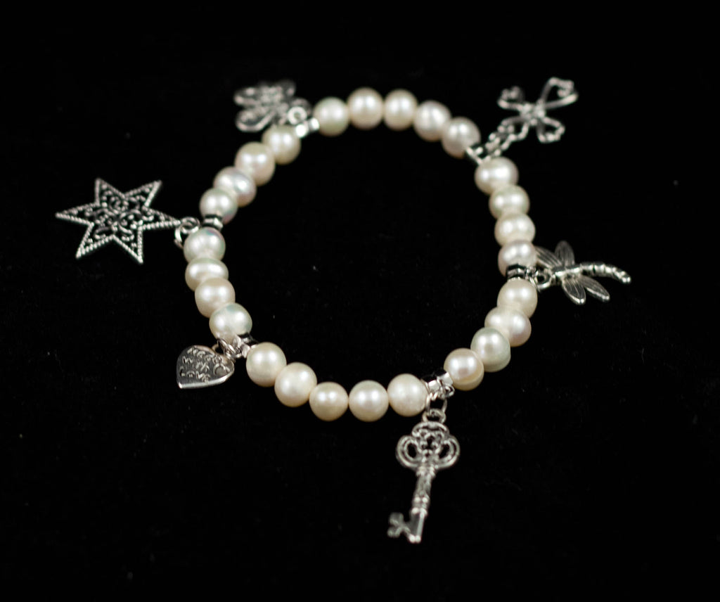 Fresh Water Pearl Bracelet with 6 Delicate Charms