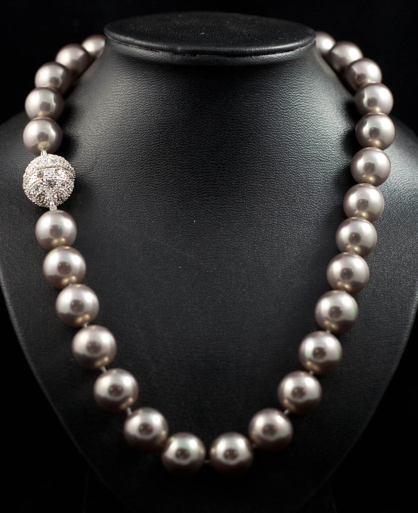 14mm Shell Pearls Necklace with Rhinestone Studded Magnetic Clasp