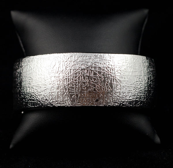 Crinkled Finish Metallic Bangle