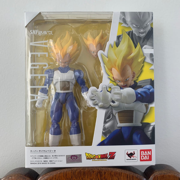 Bandai Tamashii Nations S.H. Figuarts Super Saiyan Vegeta Dragon Ball Z Figure