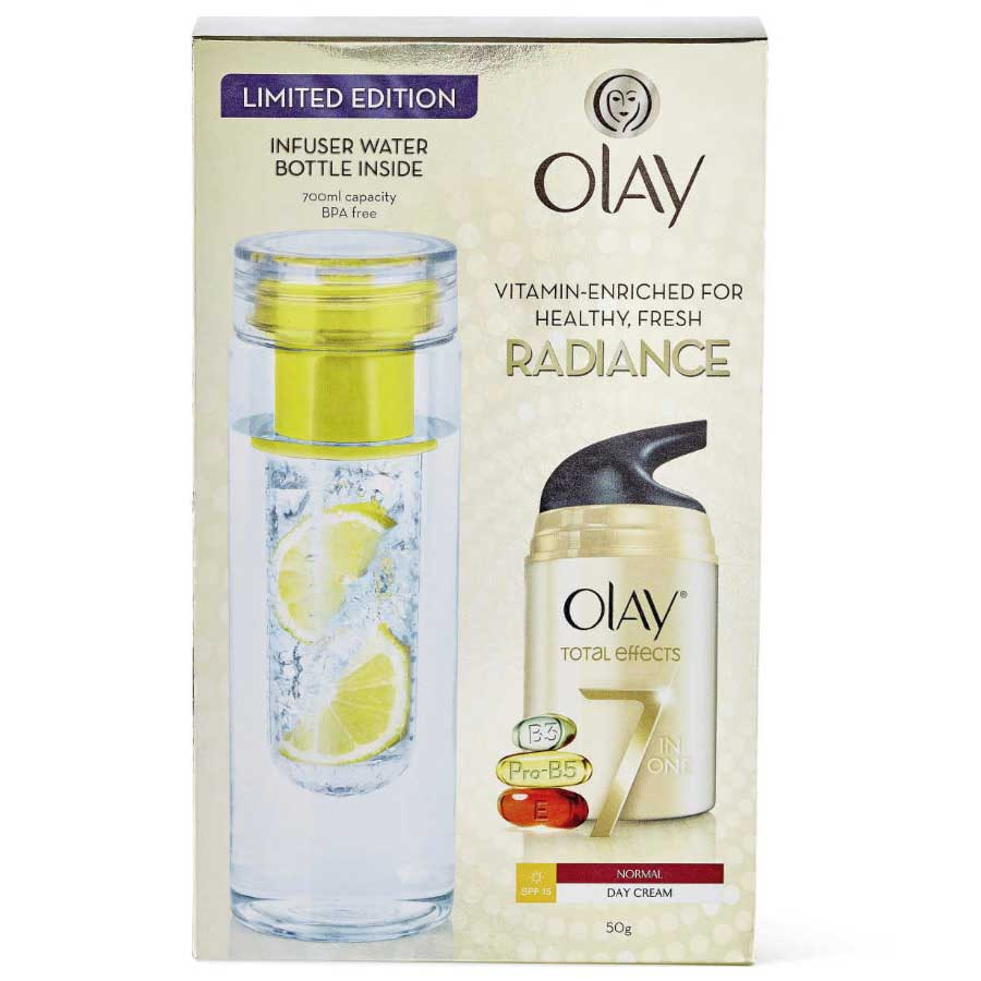 Olay Total Effects 7 in 1 Day Cream SPF15 + Infuser Bottle Gift Pack
