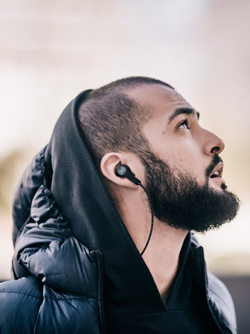 BeoPlay / H5 | Black