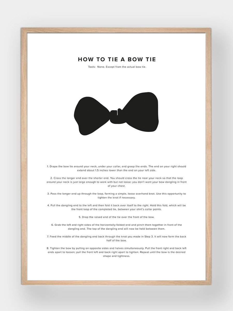 WHAT A MAN SHOULD KNOW / How To Tie A Bow Tie - stvalentinshop.dk - 1