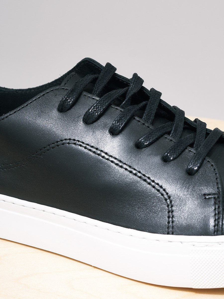 GARMENT PROJECT / Classic Lace Leather | Black