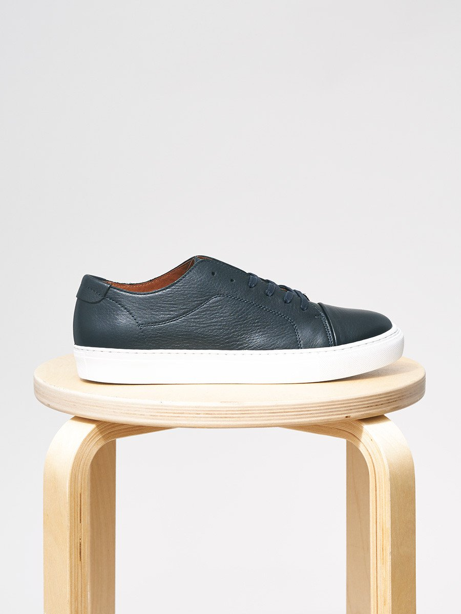 Garment Project / Classic Lace Floater | Navy