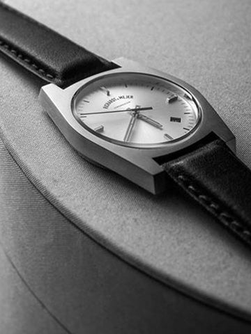 Richardt & Mejer / Signatur | Silver Black Leather