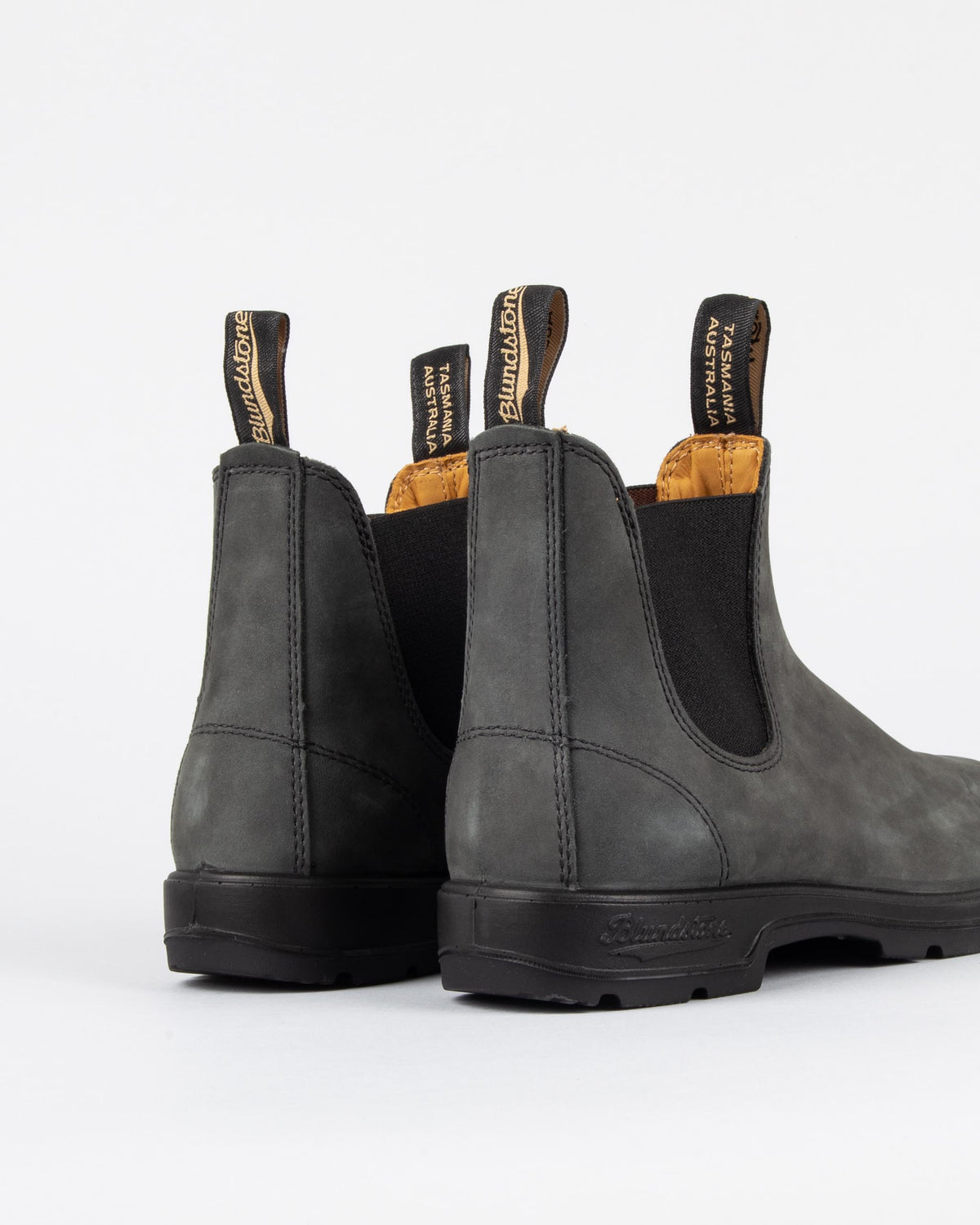 587 'Rustic Black' Waxed Boots