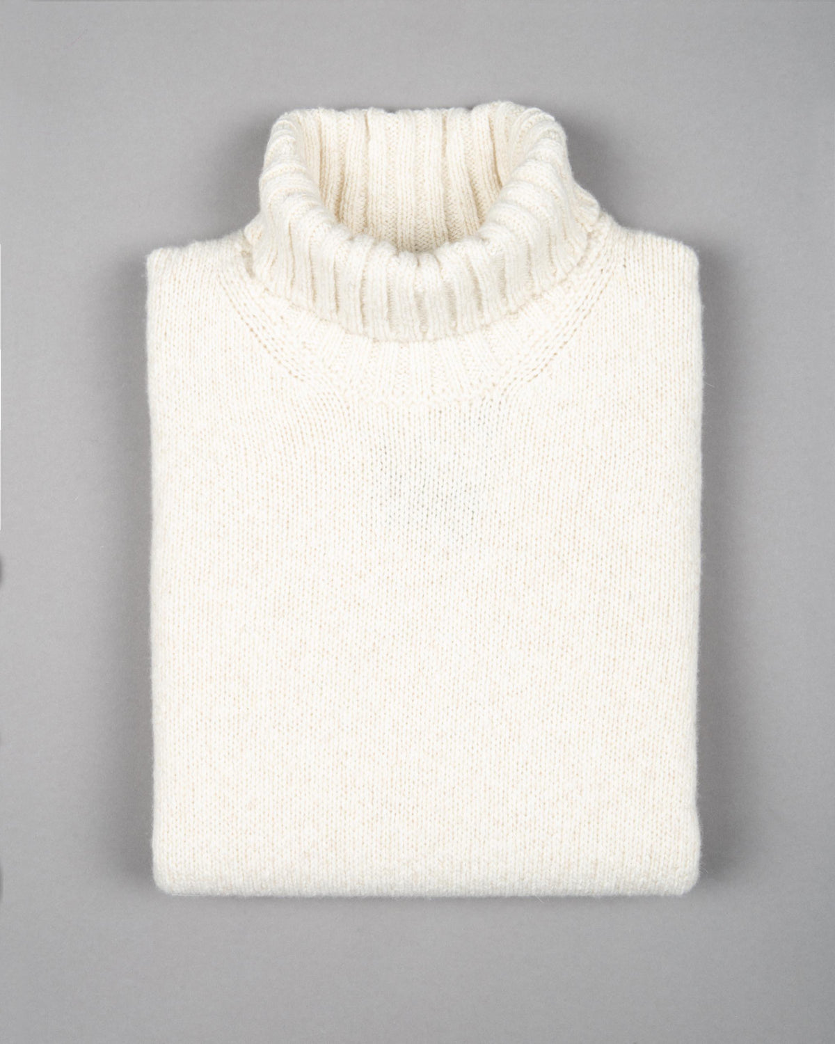 Virgin Wool-Cashmere Turtleneck