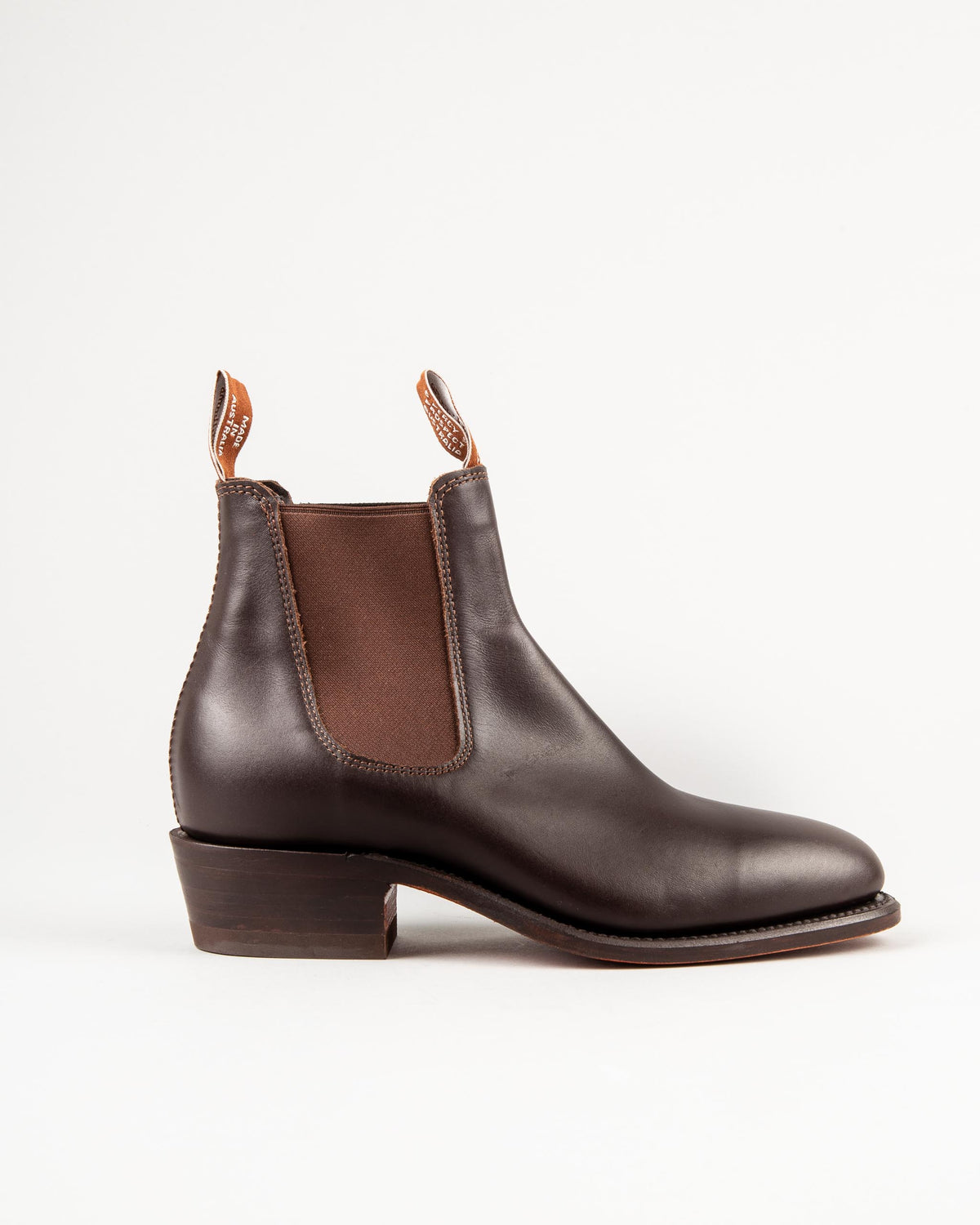 'Lady Yearling' Chelsea Boot