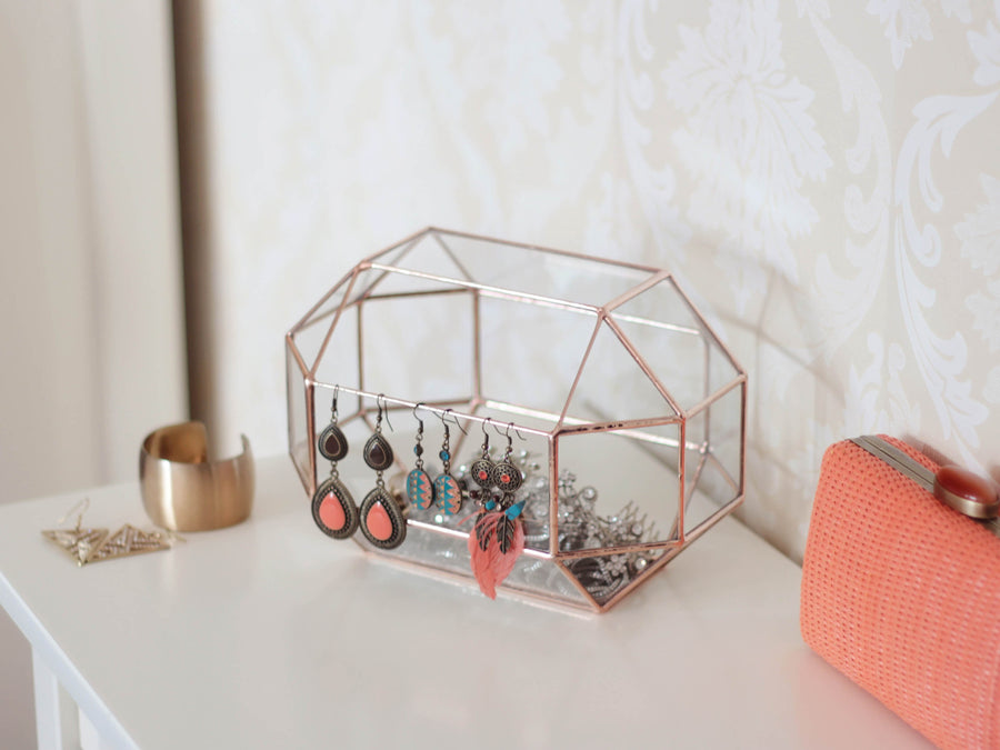 geometric jewelry storage