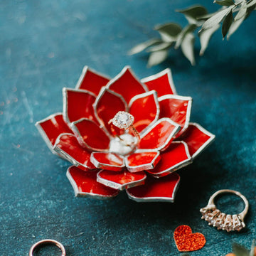 red-stained-glass-succulent-ring-dish-floral-wedding-decor-romeo-rubin (11)