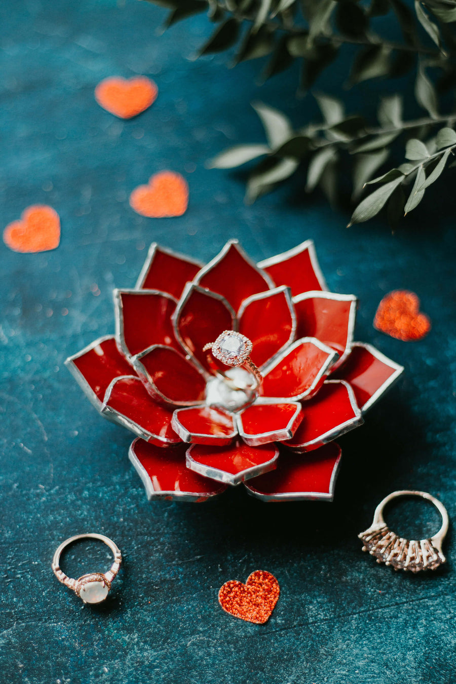 red-stained-glass-succulent-ring-dish-floral-wedding-decor-romeo-rubin (21)