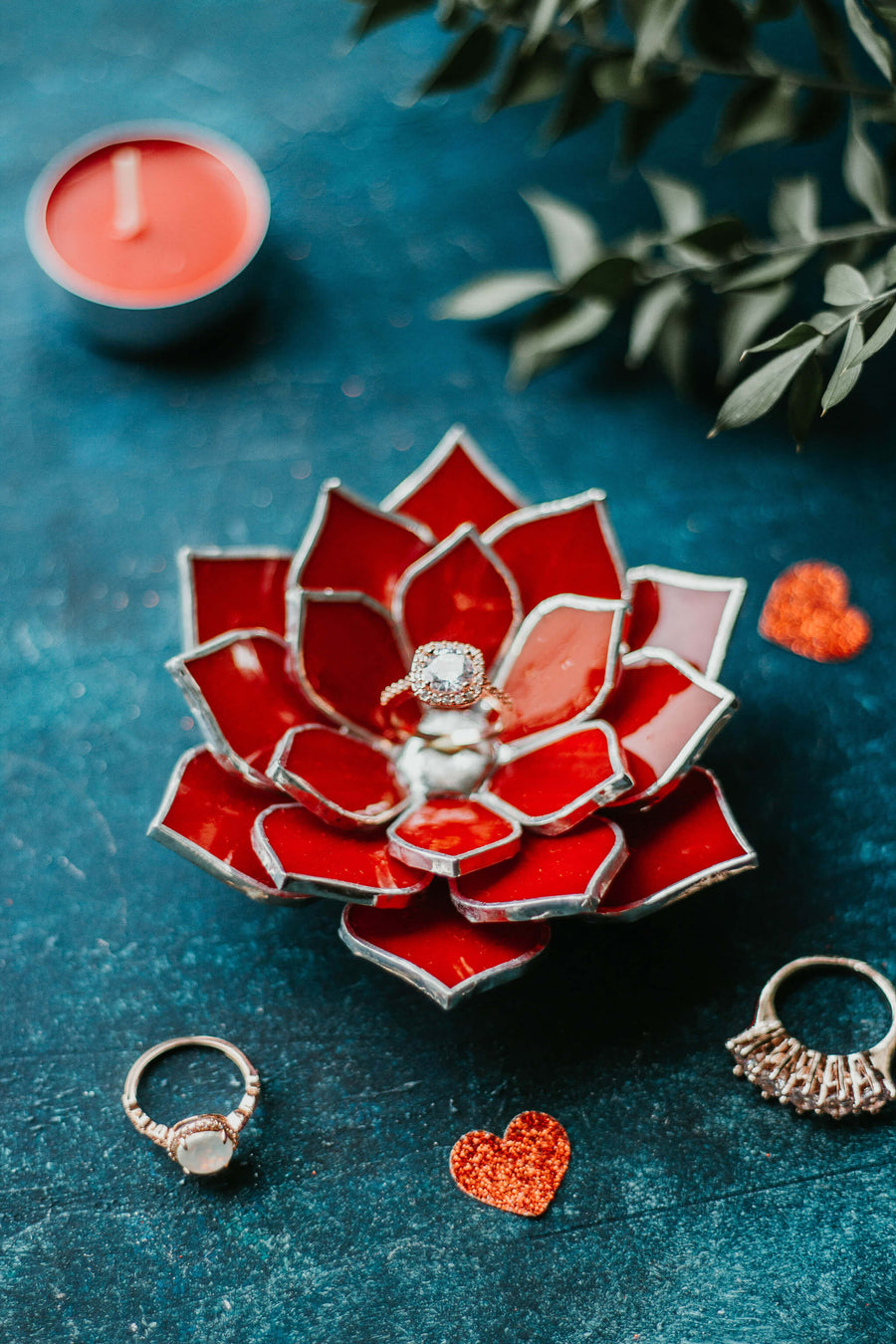 red-stained-glass-succulent-ring-dish-floral-wedding-decor-romeo-rubin (23)