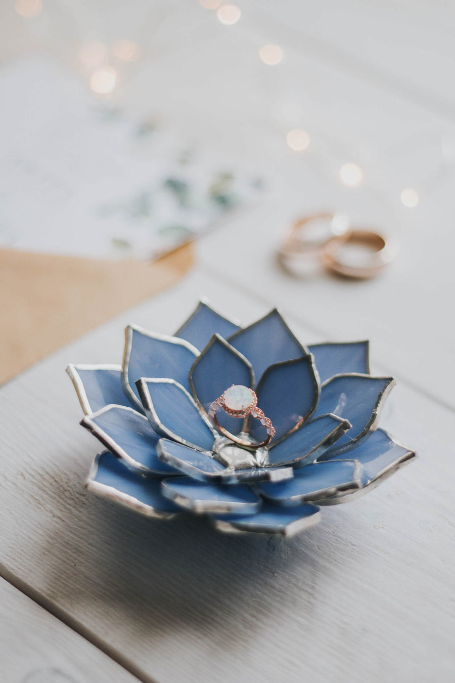 stained-glass-light-blue-lavender-lilac-succulent-proposal-engagement-wedding-ring-dish-holder-02
